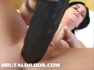 Porno Video of Taryn Ramming Thick Brutal Dildo