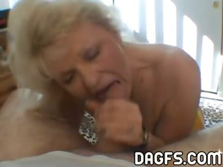 Porno Video of Old Fashionned Slutty Mom Sucks A Dick In A Hotel Room