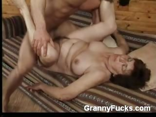 Sex Movie of Granny Valda Goes For A Ride