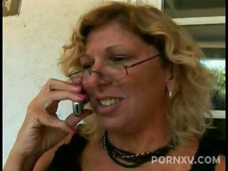 Sex Movie of Mature Babe Fucked