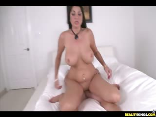 Porn Tube of Nadiia Getting Rammed By Hunter Missionary Style!