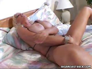 Porno Video of Hard Fucking Big Tit Babe