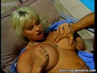 Porno Video of Poolside Big Tit Banging