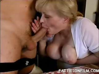 Porno Video of Fat Mature Tits Tease