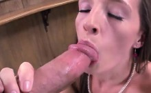 Pretty and leggy Jamie Jackson ass bounces while fucked