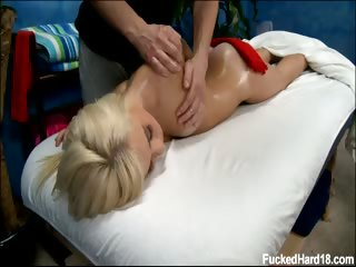 Porno Video of Hot And Sexy Blonde 18 Year Old Kaylee Gets Fucked Hard From Behind By Her Massage Therapist