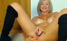 Hot Busty Blond Dancing Naked And Make You Love Her Hot