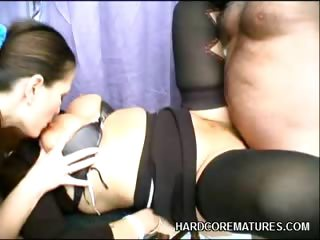 Porno Video of Mature Babe Rides A Cock