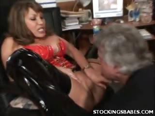 Porno Video of Sexy Mature Gets Her Pussy Lapped
