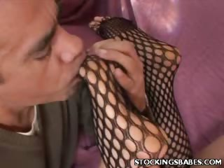 Porno Video of Stocking Milf Gets Plugged