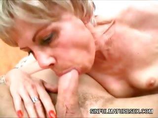 Porno Video of Mature Slut Fucks