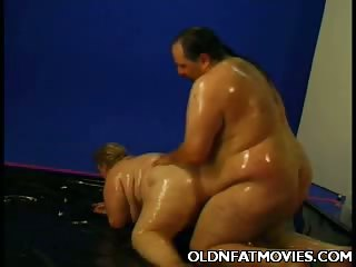 Porn Tube of Fat Mature Enjoys Messy Sex