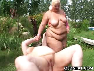 Porno Video of Fat Mature Blonde Toy Fucked
