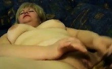 Chubby Mature Woman Masturbating