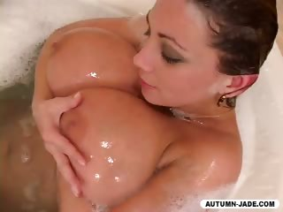 Porno Video of How Dirty Girls Get Clean