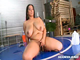 Porno Video of Sweatin' To The Boobies