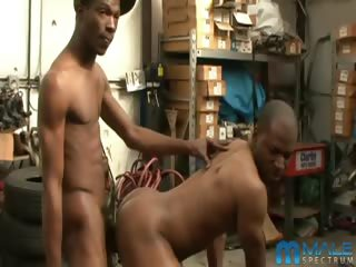 Porno Video of B-zilla Brklyn & Ice Black