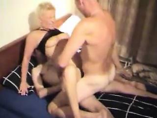 smutty mature lady enjoys hardcore double penetration