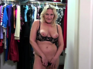 American Mature Lady Mary Playing With Her
